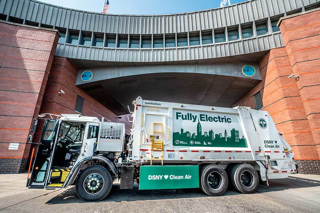 First Mack® LR Electric Model Begins Service with New York City Department of Sanitation