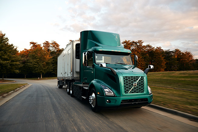 Volvo Trucks Introduces the Volvo VNR Electric Model in the U.S., Canada
